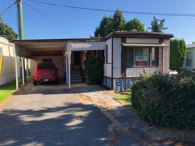 Main Photo: 3 16039 FRASER Highway in Surrey: Fleetwood Tynehead Manufactured Home for sale : MLS®# R2479635