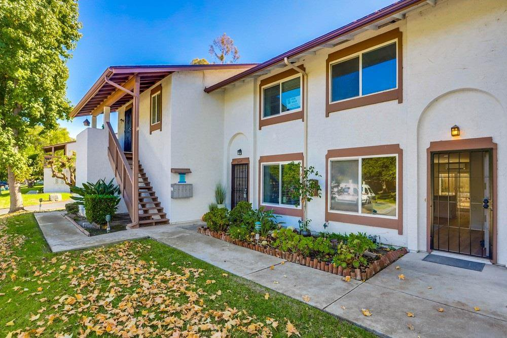 Main Photo: SAN DIEGO Condo for sale : 2 bedrooms : 6449 Bell Bluff Ave