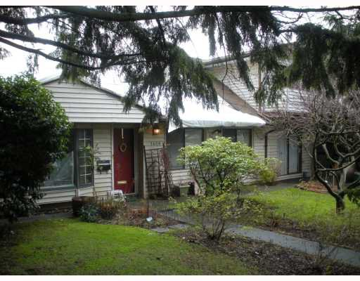 """Main Photo: 1408 SOWDEN Street in North Vancouver: Norgate House for sale in """"NORRGATE"""" : MLS®# V803089"""