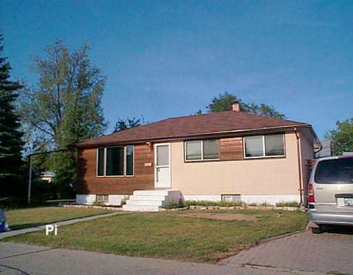 Main Photo: 2 FLEURY Place in WINNIPEG: Windsor Park / Southdale / Island Lakes Single Family Detached for sale (South East Winnipeg)  : MLS®# 2613814