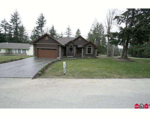 Main Photo: 45713 ELIZABETH Drive in Cultus_Lake: Cultus Lake House for sale : MLS®# H2901060