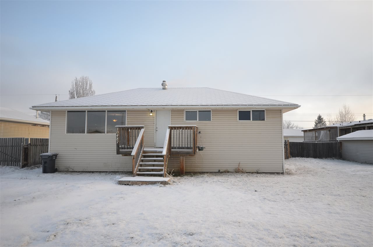 Photo 1: Photos: 10487 102 Street: Taylor House for sale (Fort St. John (Zone 60))  : MLS®# R2416387