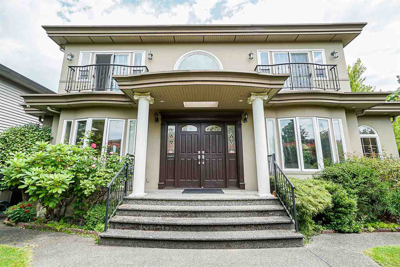 Main Photo: 5888 SELKIRK Street in Vancouver: South Granville House for sale (Vancouver West)  : MLS®# R2476694