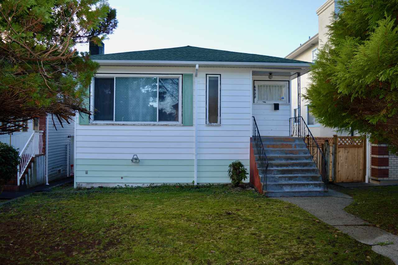 Main Photo: 6935 DOMAN Street in Vancouver: Killarney VE House for sale (Vancouver East)  : MLS®# R2525692
