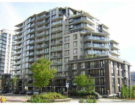 "Main Photo: 813 175 W 1ST ST in North Vancouver: Lower Lonsdale Condo for sale in ""TIME"" : MLS®# V591105"