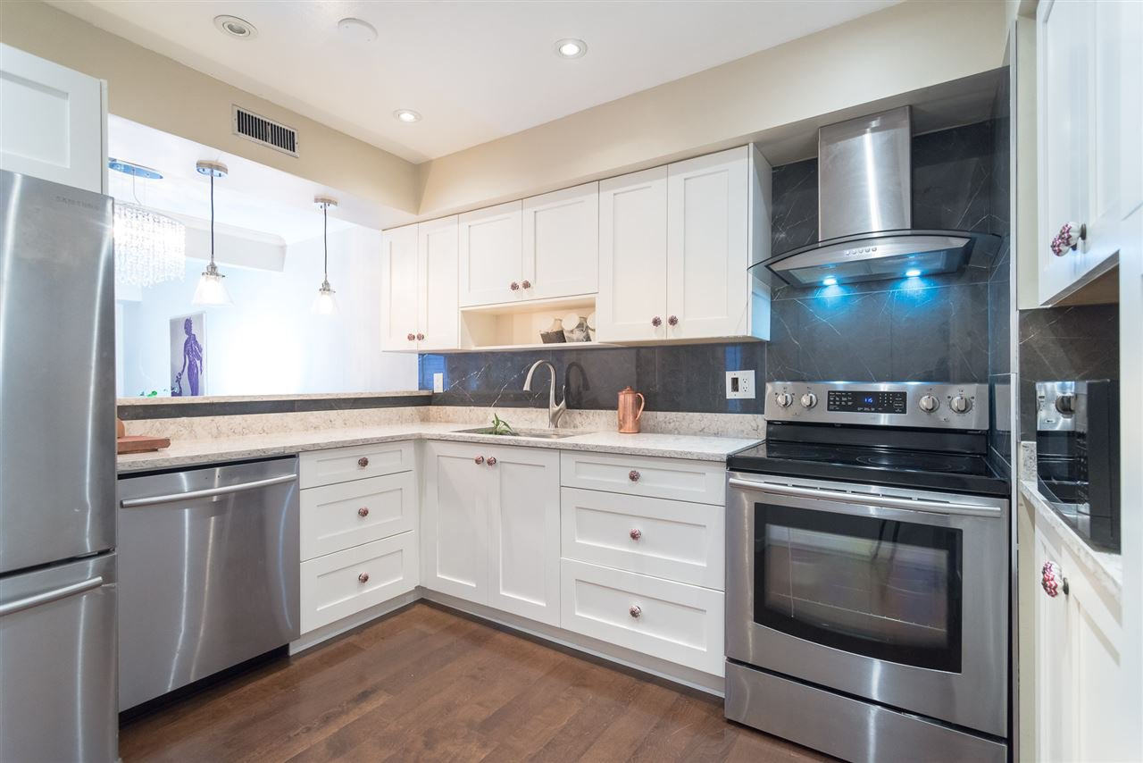 """Main Photo: 1934 GOLETA Drive in Burnaby: Montecito Townhouse for sale in """"GOLETA PLACE"""" (Burnaby North)  : MLS®# R2425615"""