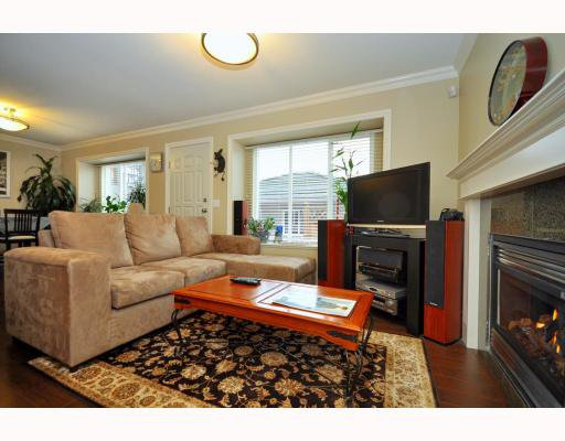 Main Photo: 4659 CANADA Way in Burnaby: Central BN 1/2 Duplex for sale (Burnaby North)  : MLS®# V800858
