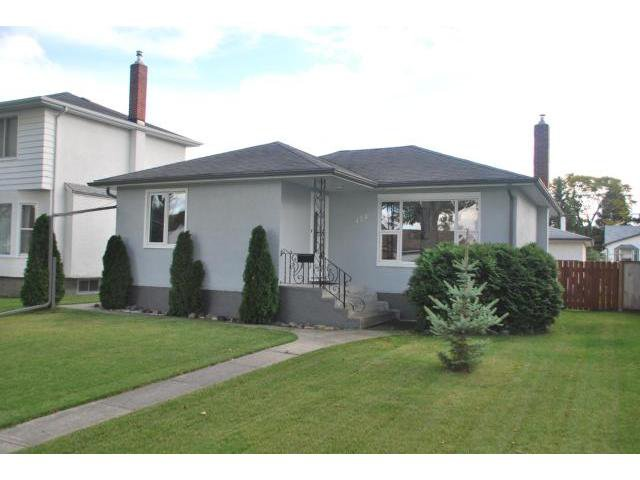 Main Photo: 428 ENNISKILLEN Avenue in WINNIPEG: West Kildonan / Garden City Residential for sale (North West Winnipeg)  : MLS®# 1019227
