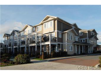 Main Photo: 104 842 Brock Avenue in VICTORIA: La Langford Proper Townhouse for sale (Langford)  : MLS®# 264507