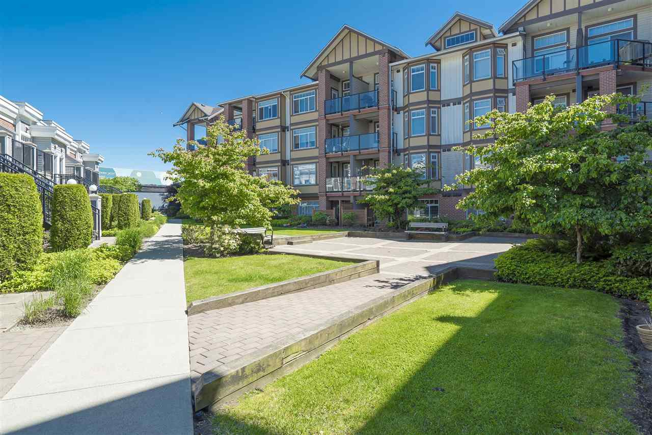 Main Photo: 331 5660 201A STREET in : Langley City Condo for sale : MLS®# R2169847