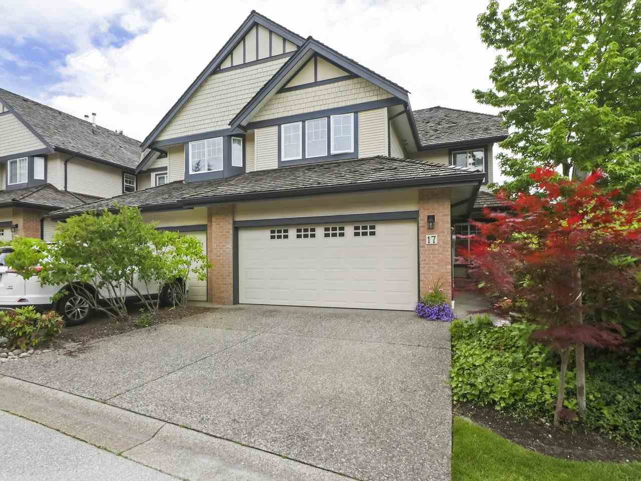 """Main Photo: 17 1765 PADDOCK Drive in Coquitlam: Westwood Plateau Townhouse for sale in """"Worthing Green"""" : MLS®# R2470789"""
