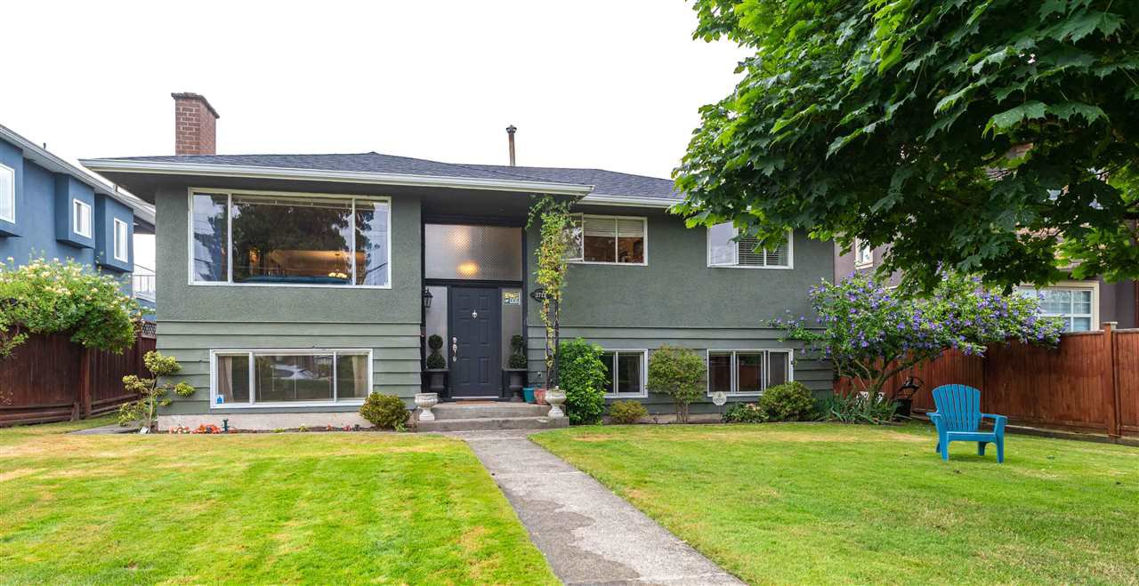 Main Photo: 1712 BLAINE Avenue in Burnaby: Sperling-Duthie House for sale (Burnaby North)  : MLS®# R2485604
