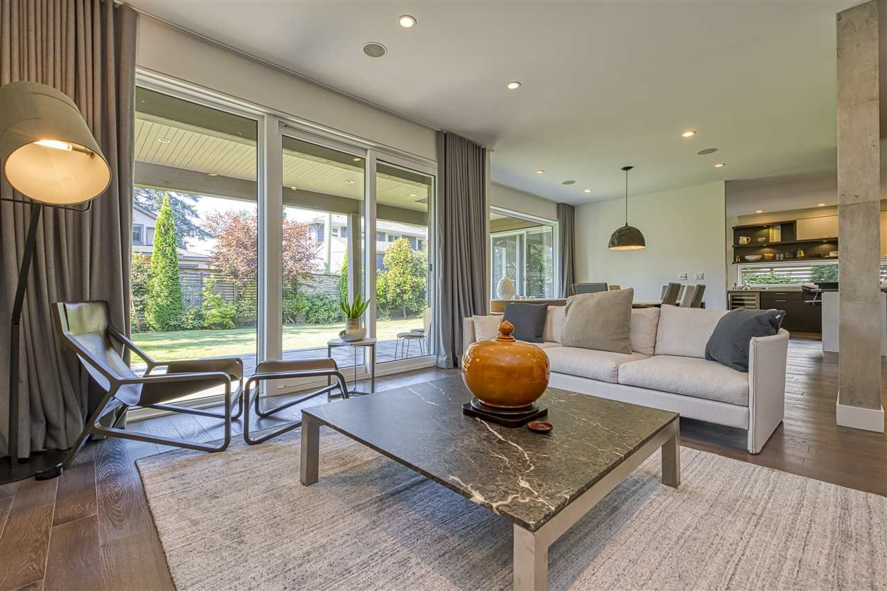 Main Photo: 3285 COLWOOD Drive in North Vancouver: Edgemont House for sale : MLS®# R2518978