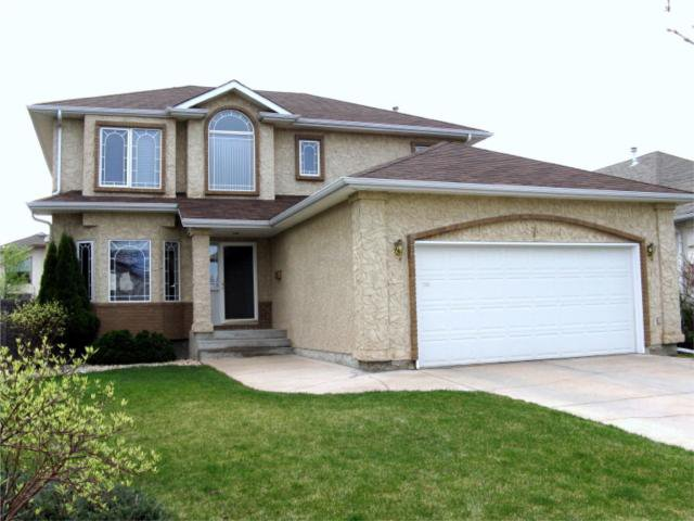 Main Photo: 7 Duncan Norrie Drive in WINNIPEG: River Heights / Tuxedo / Linden Woods Residential for sale (South Winnipeg)  : MLS®# 1007958