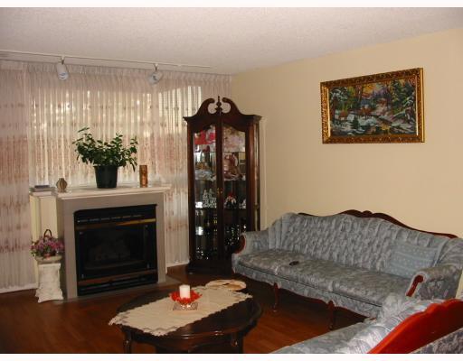 "Main Photo: 301 551 AUSTIN Avenue in Coquitlam: Coquitlam West Condo for sale in ""BROOKMERE TOWERS"" : MLS®# V749369"