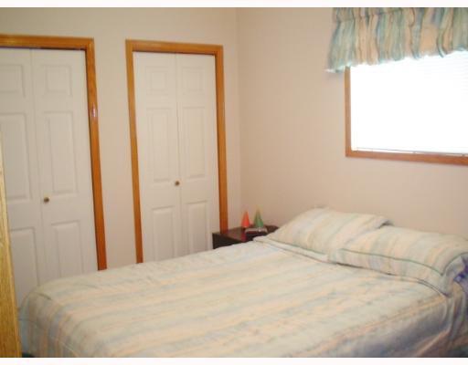 Photo 7: Photos: 549 WINDSOR Avenue in WINNIPEG: East Kildonan Single Family Detached for sale (North East Winnipeg)  : MLS®# 2708227