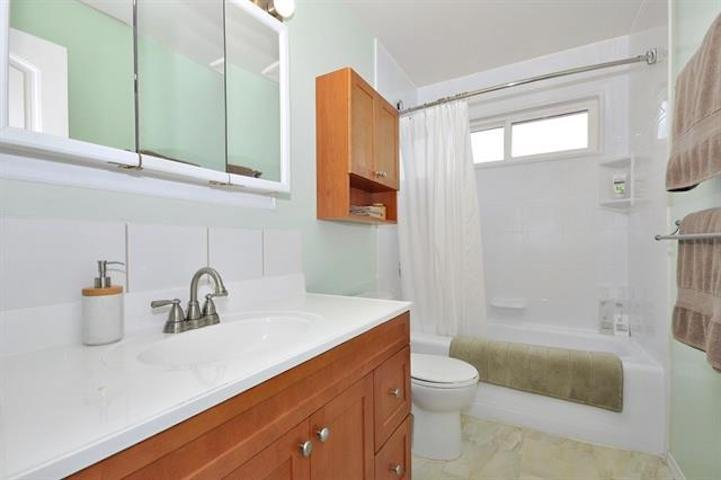 Photo 15: Photos: 7205 ROCHESTER Avenue in Sardis: Sardis West Vedder Rd House for sale : MLS®# R2424274