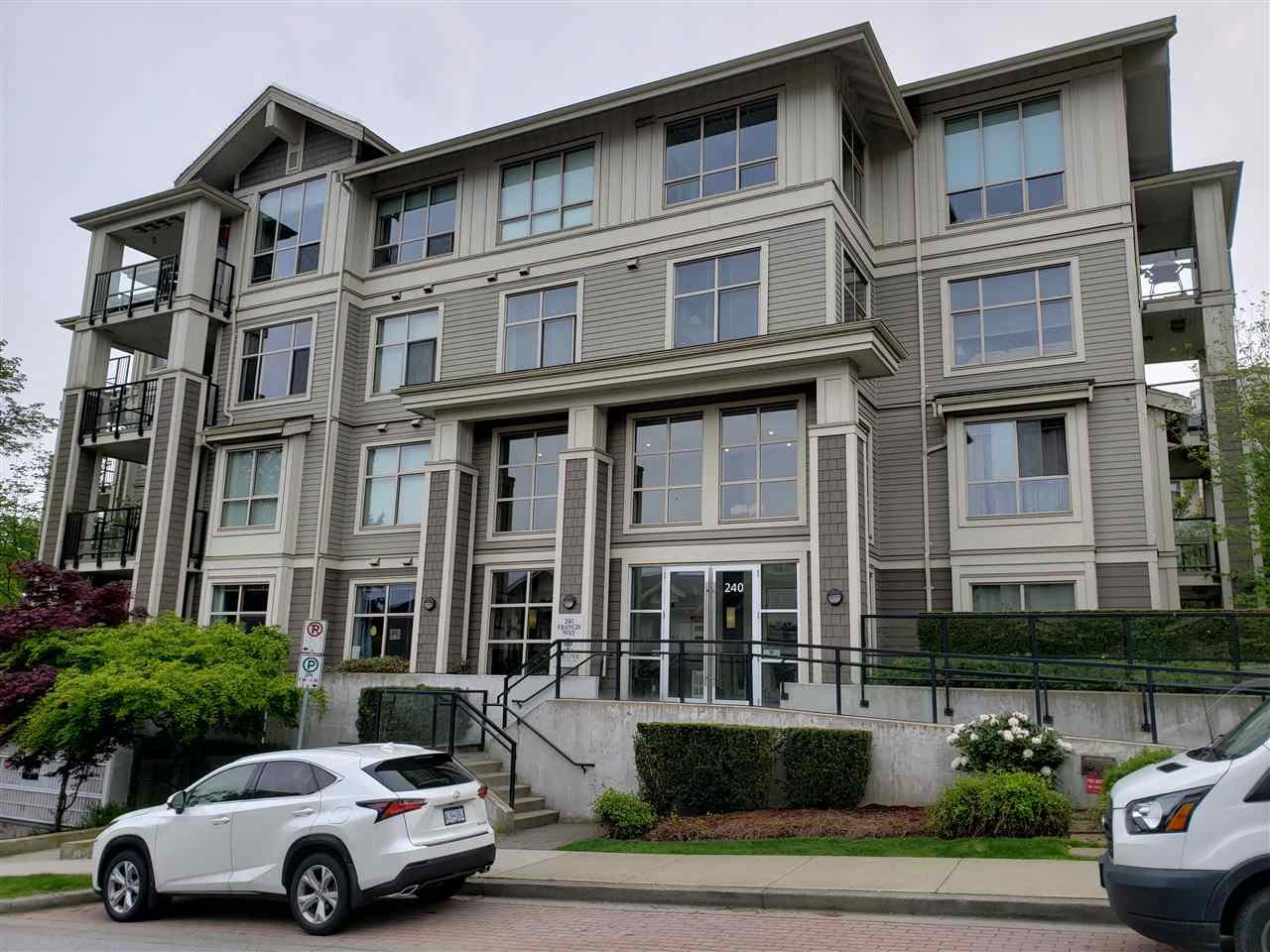 Main Photo: 202 240 FRANCIS Way in New Westminster: Fraserview NW Condo for sale : MLS®# R2453123