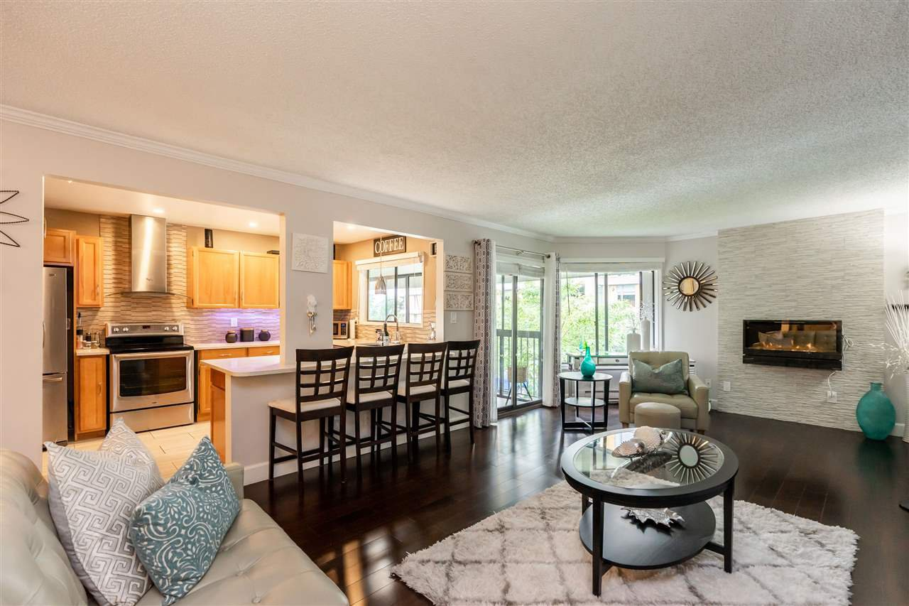 "Main Photo: 305 1520 VIDAL ST. Street: White Rock Condo for sale in ""Sandhurst"" (South Surrey White Rock)  : MLS®# R2485298"