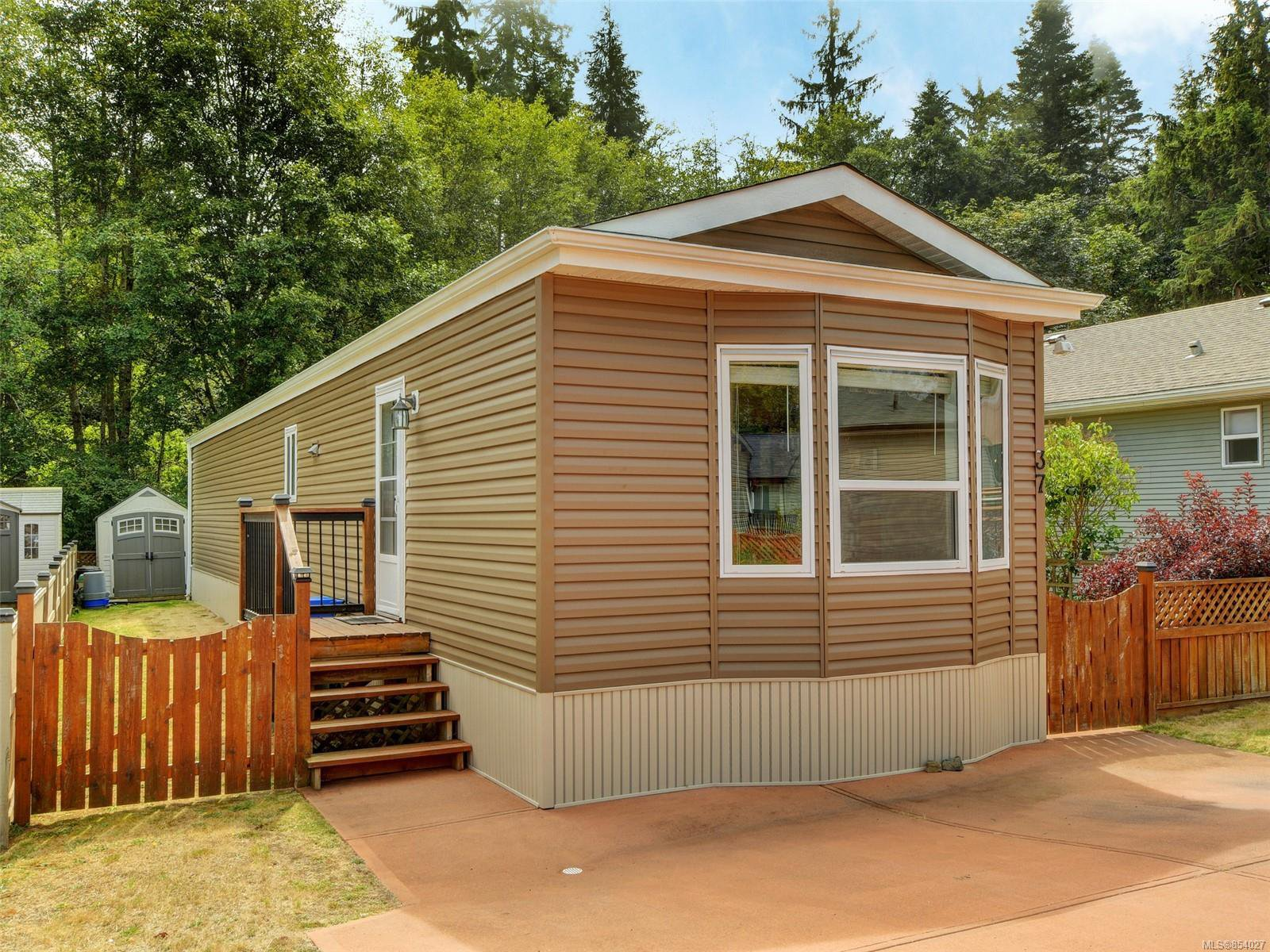 Main Photo: 37 7109 West Coast Rd in : Sk John Muir Manufactured Home for sale (Sooke)  : MLS®# 854027