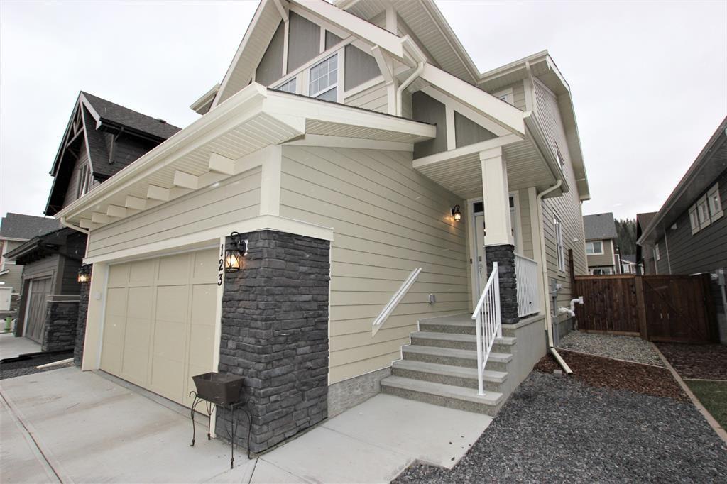 Photo 2: Photos: 123 Riviera View: Cochrane Detached for sale : MLS®# A1048603