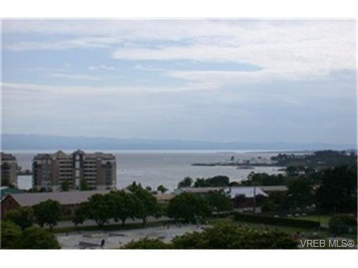 Main Photo:  in VICTORIA: VW Victoria West Condo for sale (Victoria West)  : MLS®# 433743