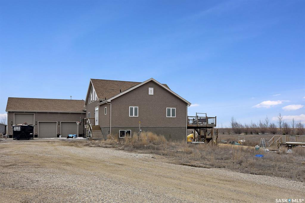 Main Photo: MIHIAL ACREAGE in Edenwold: Residential for sale (Edenwold Rm No. 158)  : MLS®# SK804634