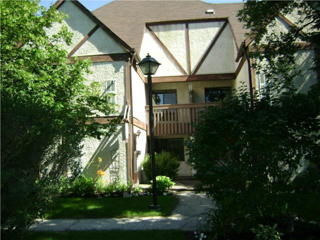 Main Photo:  in WINNIPEG: River Heights / Tuxedo / Linden Woods Condominium for sale (South Winnipeg)  : MLS®# 1013422