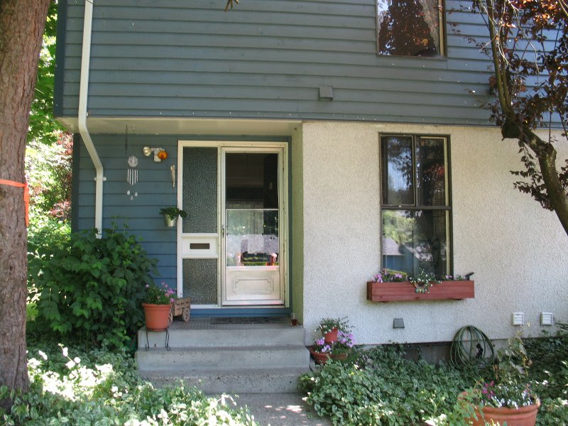 Main Photo: 30 315 SCHOOLHOUSE Street in Coquitlam: Maillardville Townhouse for sale : MLS®# V721261