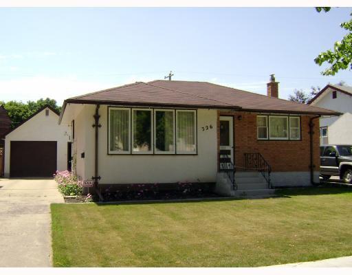 Main Photo: 326 DEVON Avenue in WINNIPEG: North Kildonan Residential for sale (North East Winnipeg)  : MLS®# 2815093
