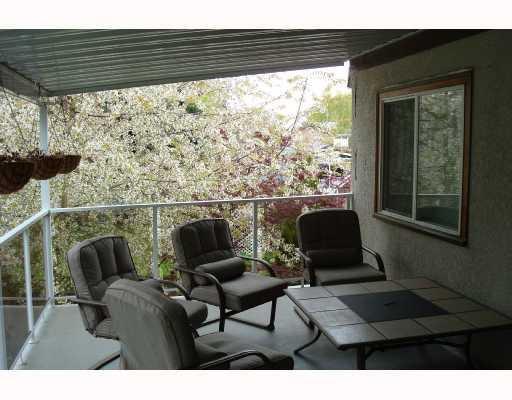 """Photo 9: Photos: 5858 16A Avenue in Tsawwassen: Beach Grove 1/2 Duplex for sale in """"BEACH GROVE"""" : MLS®# V743837"""