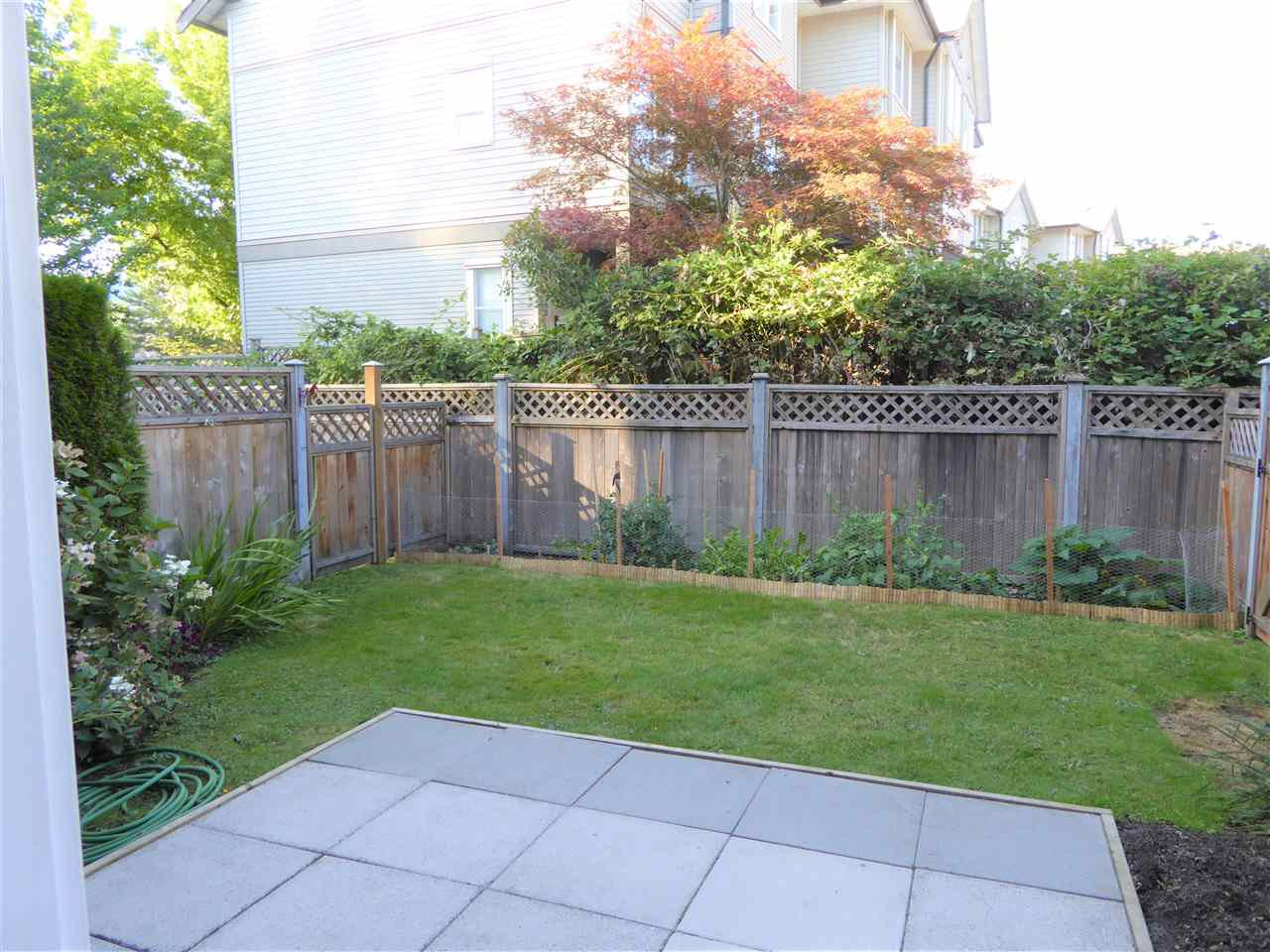 """Photo 15: Photos: 7 2538 PITT RIVER Road in Port Coquitlam: Mary Hill Townhouse for sale in """"RIVER COURT"""" : MLS®# R2392778"""