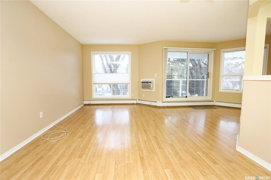 Photo 4: Photos: 203 1012 Lansdowne Avenue in Saskatoon: Nutana Residential for sale : MLS®# SK793757