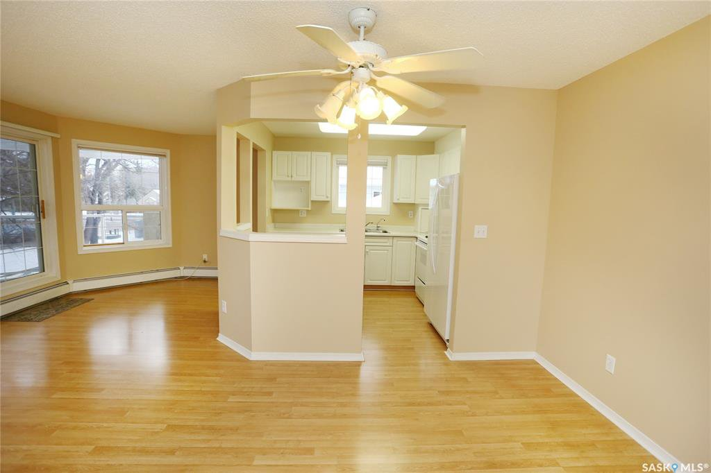 Photo 5: Photos: 203 1012 Lansdowne Avenue in Saskatoon: Nutana Residential for sale : MLS®# SK793757