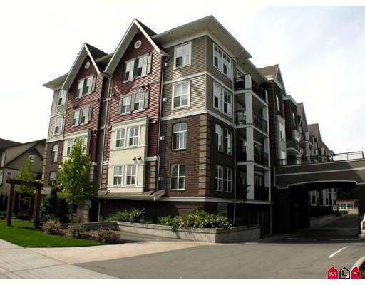 """Main Photo: 304 8933 EDWARD Street in Chilliwack: Chilliwack W Young-Well Condo for sale in """"KING EDWARD"""" : MLS®# H2903328"""