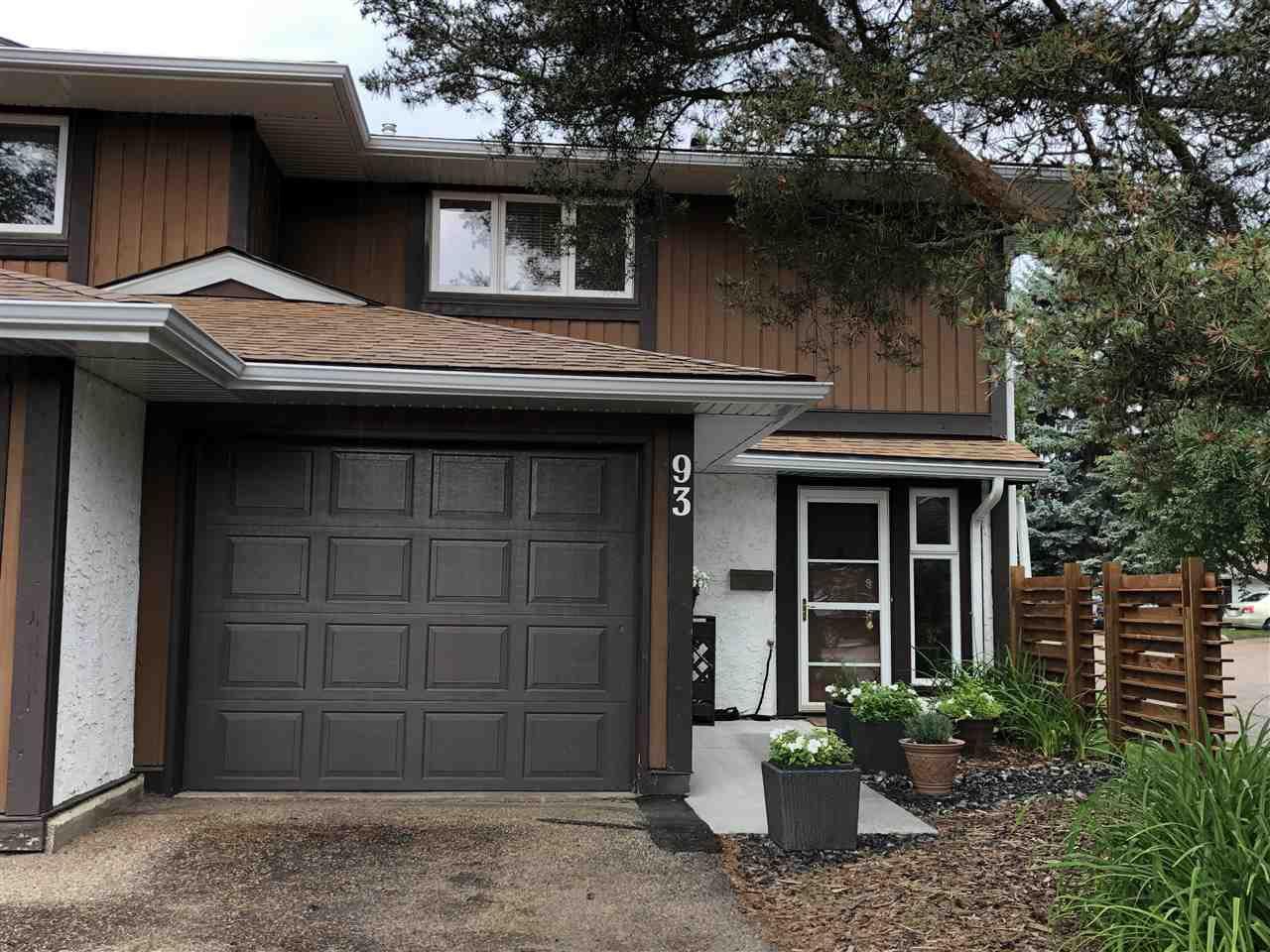 Main Photo: 93 HEARTHSTONE Road in Edmonton: Zone 14 Townhouse for sale : MLS®# E4205844