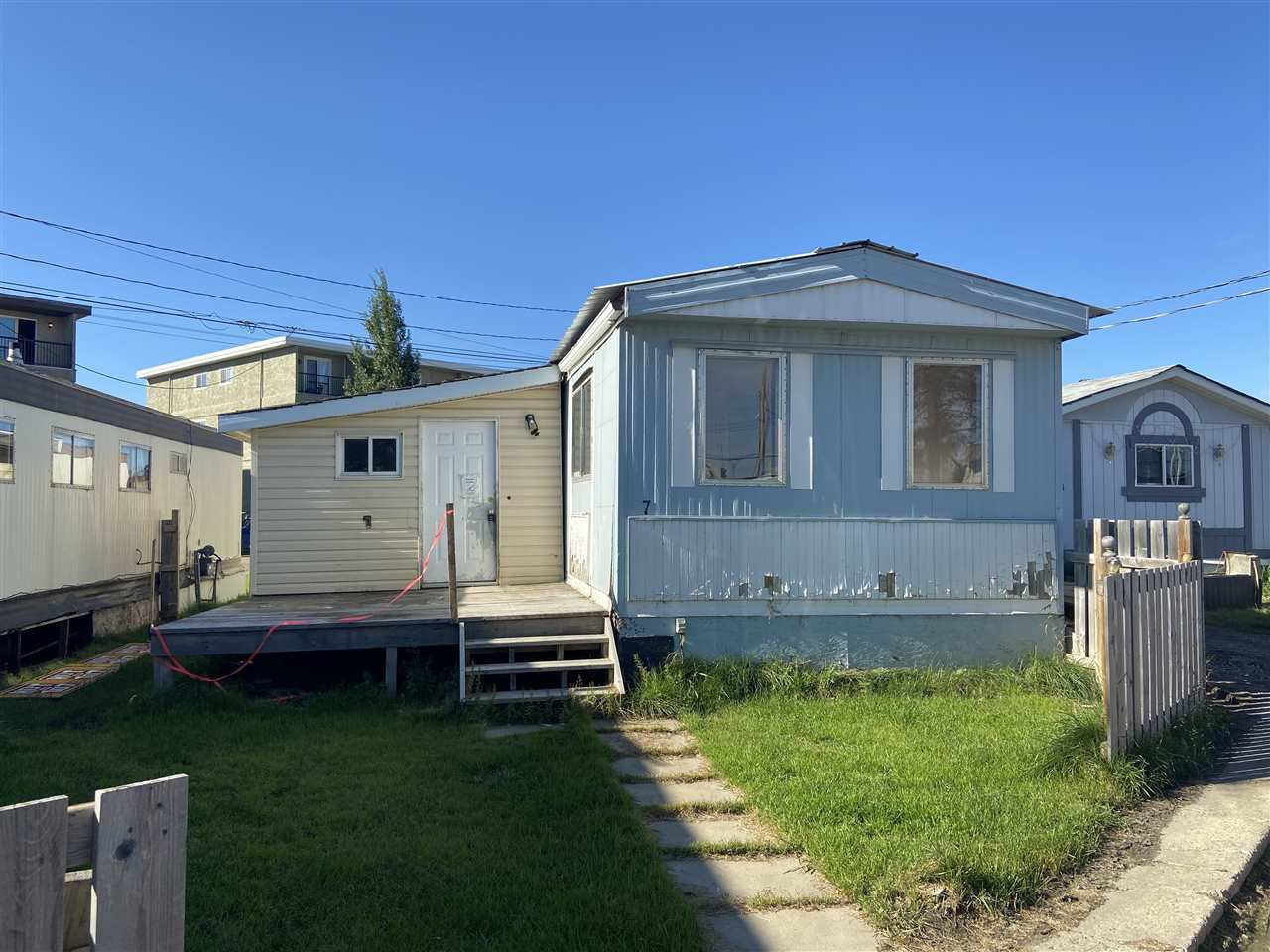 Main Photo: 7 Centre Court MHP: Drayton Valley Mobile for sale : MLS®# E4213875
