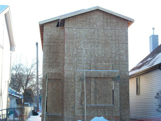 Main Photo: 1450 elgin Avenue West in WINNIPEG: Brooklands / Weston Residential for sale (West Winnipeg)  : MLS®# 1001364