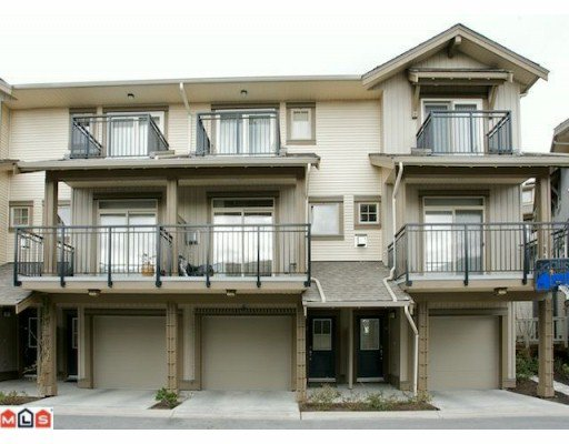 "Main Photo: 47 20326 68TH Avenue in Langley: Willoughby Heights Townhouse for sale in ""SUNPOINTE"" : MLS®# F1005168"