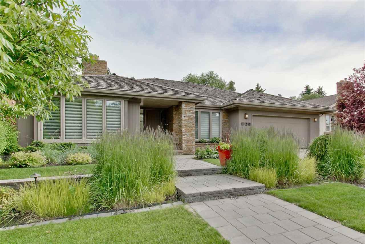 Main Photo: 609 ROMANIUK Road in Edmonton: Zone 14 House for sale : MLS®# E4167182
