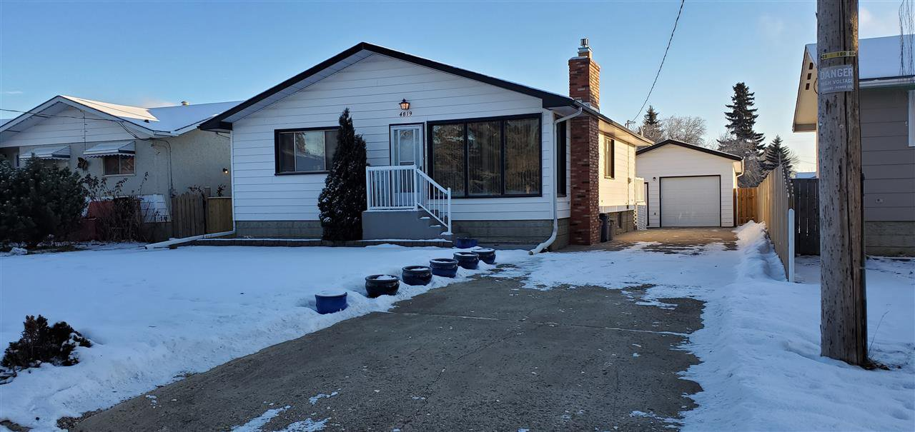 Main Photo: 4819 51 Street: Legal House for sale : MLS®# E4181129