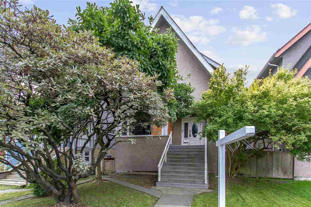 Main Photo: 1356 E 12TH Avenue in Vancouver: Grandview Woodland House for sale (Vancouver East)  : MLS®# R2509571