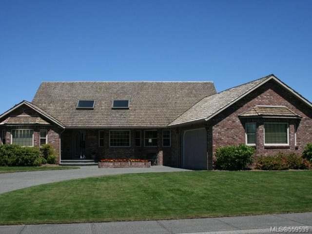 Main Photo: 3057 Kensington Cres in COURTENAY: CV Crown Isle House for sale (Comox Valley)  : MLS®# 559539