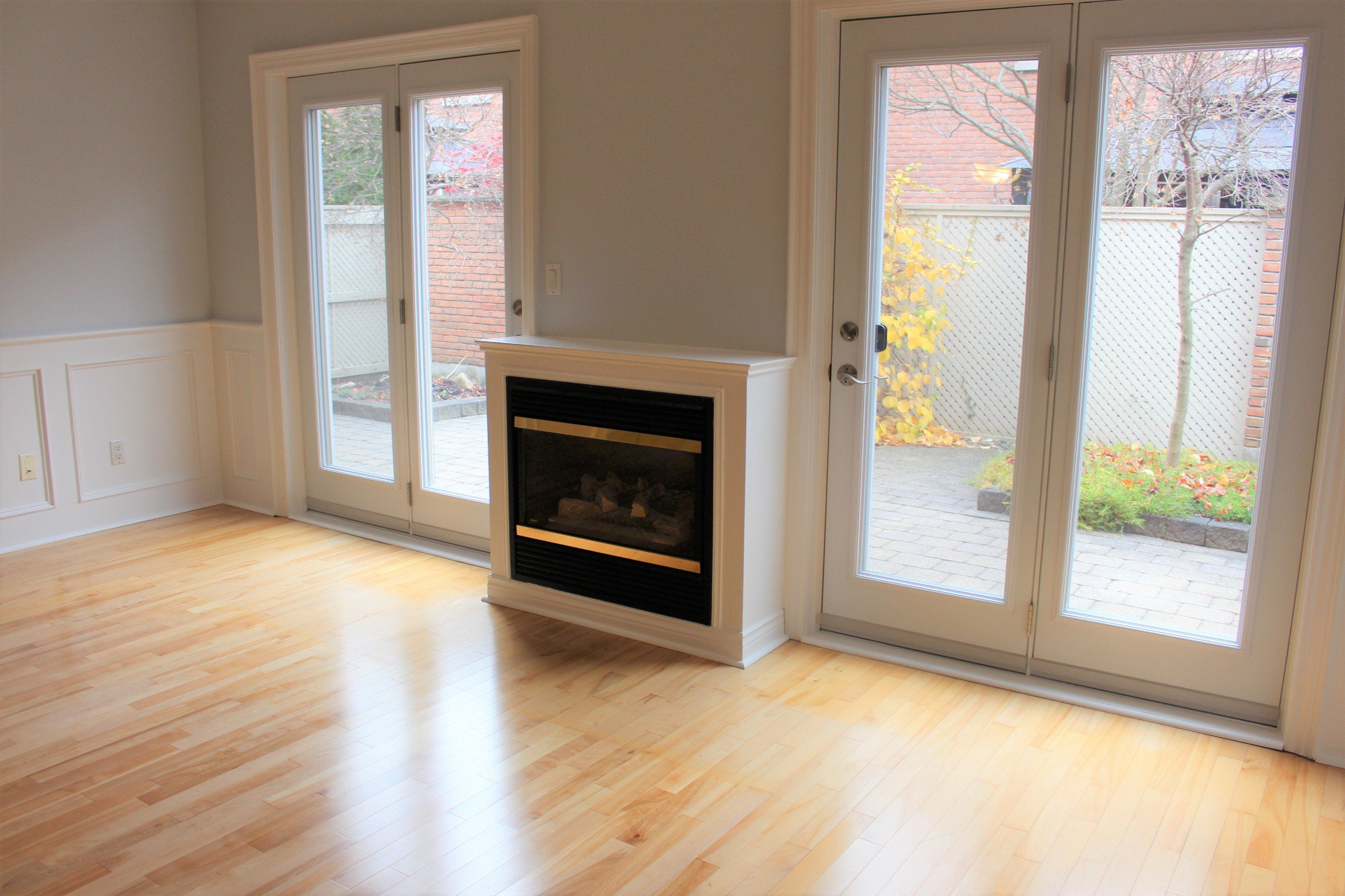 Photo 18: Photos: 102 Maria's Quay in Cobourg: Residential Attached for sale : MLS®# 230864