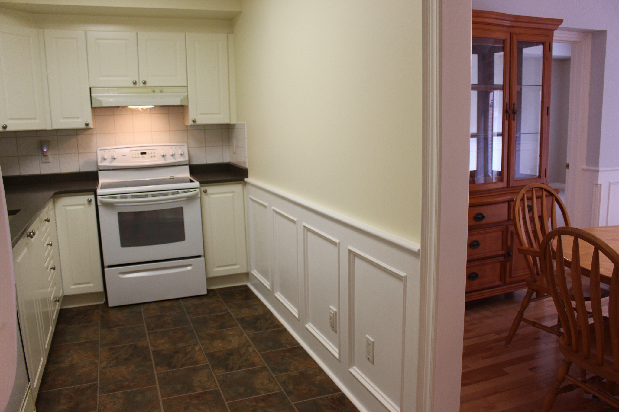 Photo 13: Photos: 102 Maria's Quay in Cobourg: Residential Attached for sale : MLS®# 230864