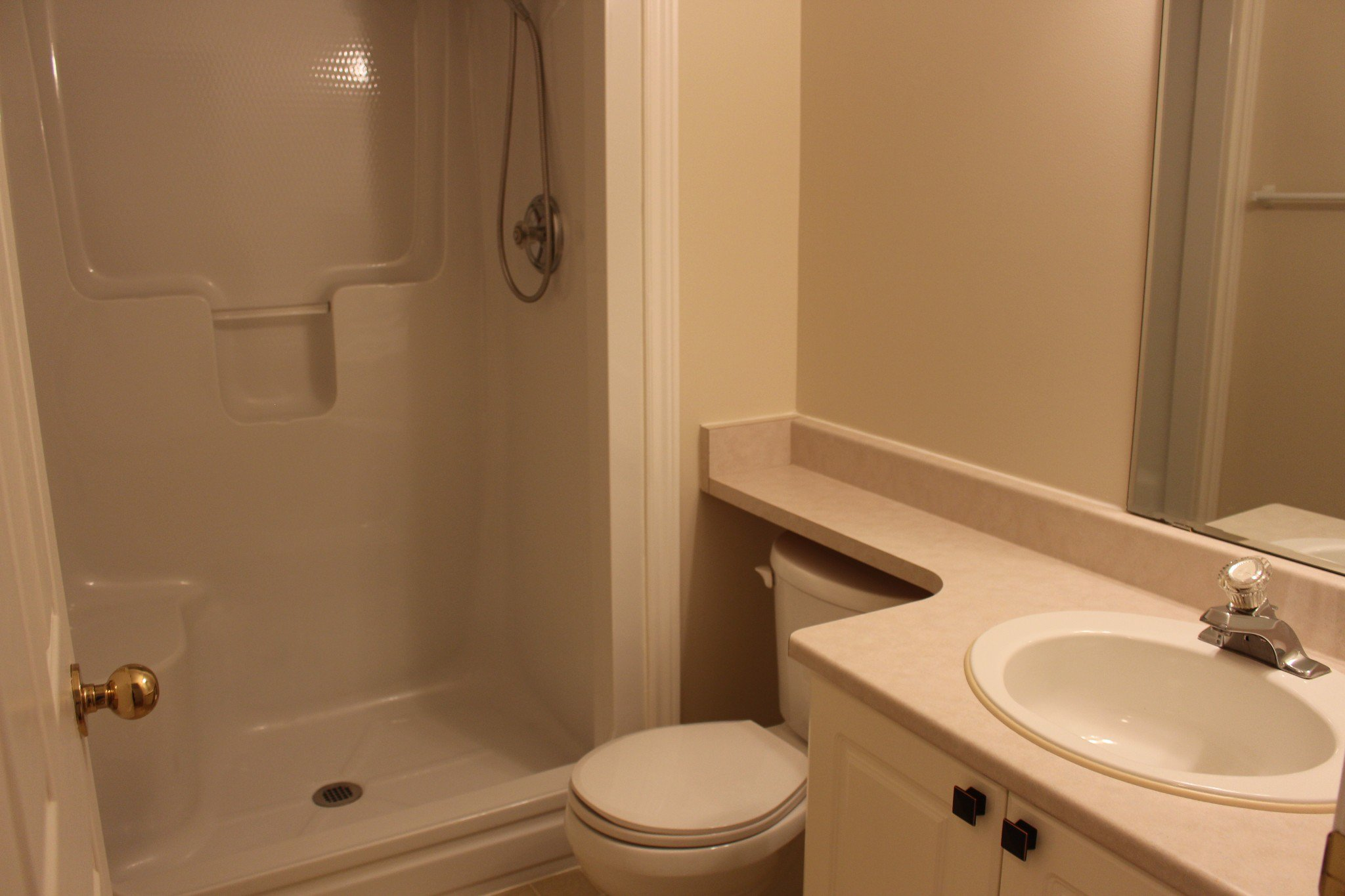 Photo 7: Photos: 102 Maria's Quay in Cobourg: Residential Attached for sale : MLS®# 230864