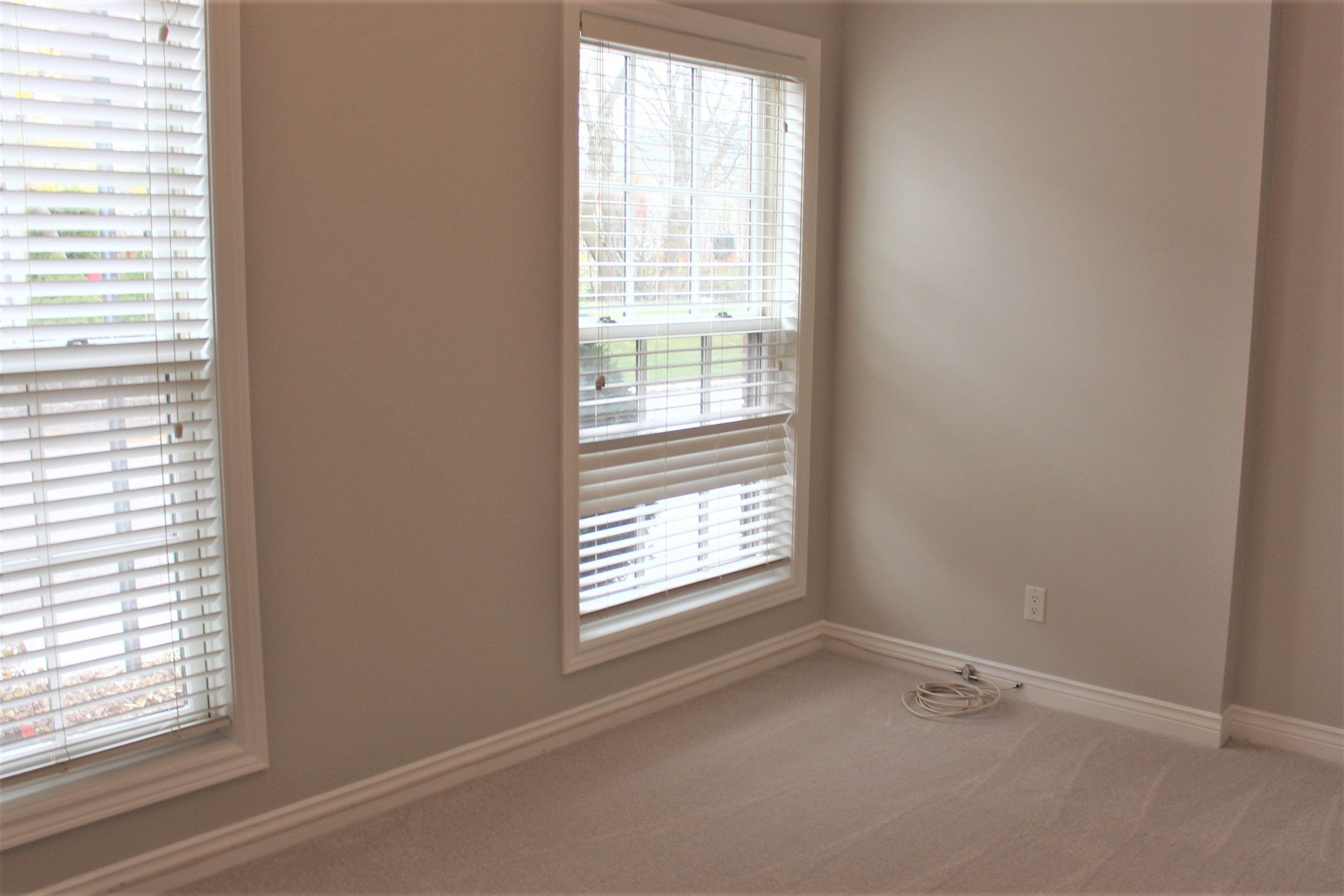 Photo 4: Photos: 102 Maria's Quay in Cobourg: Residential Attached for sale : MLS®# 230864