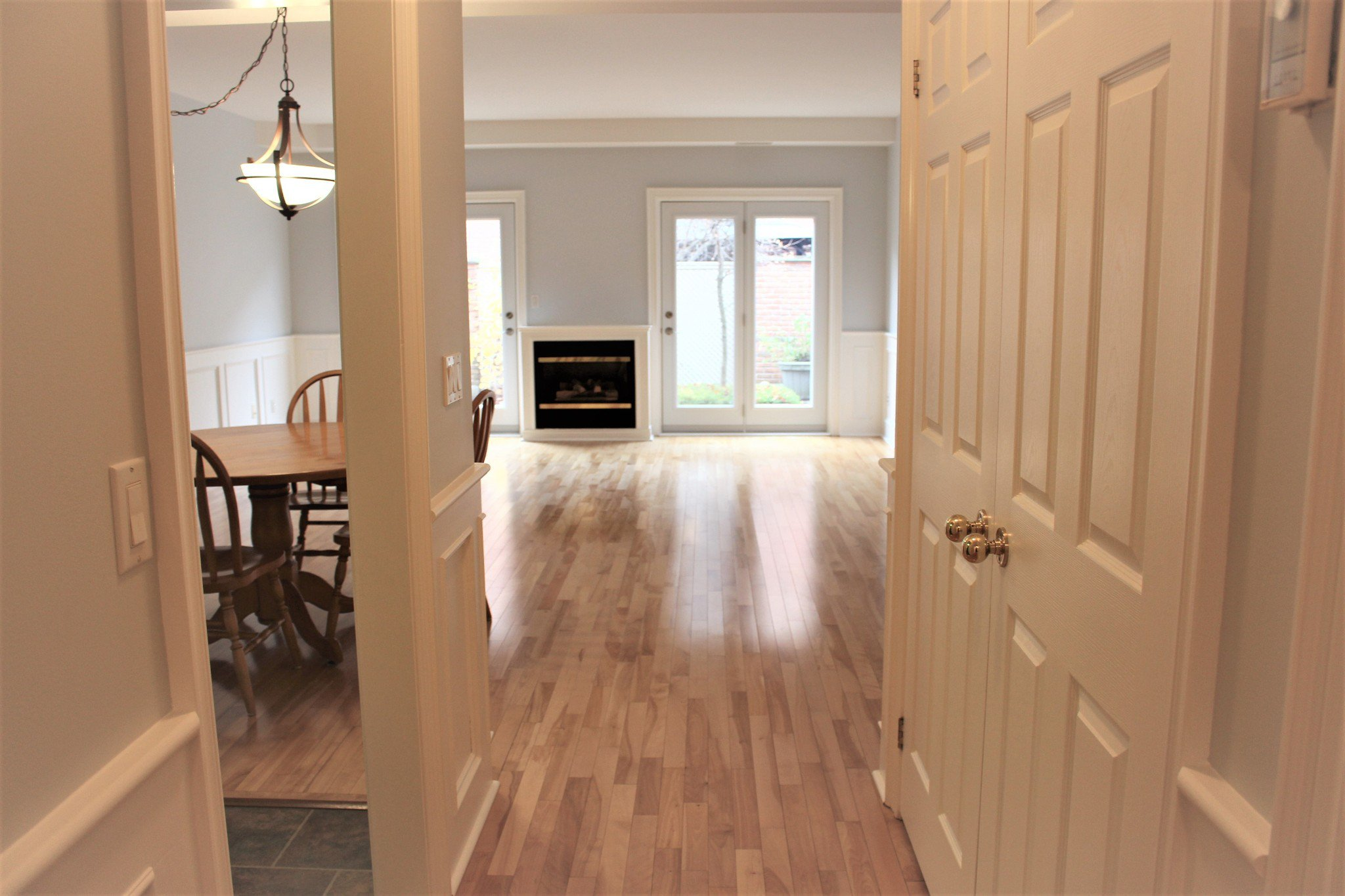 Photo 9: Photos: 102 Maria's Quay in Cobourg: Residential Attached for sale : MLS®# 230864