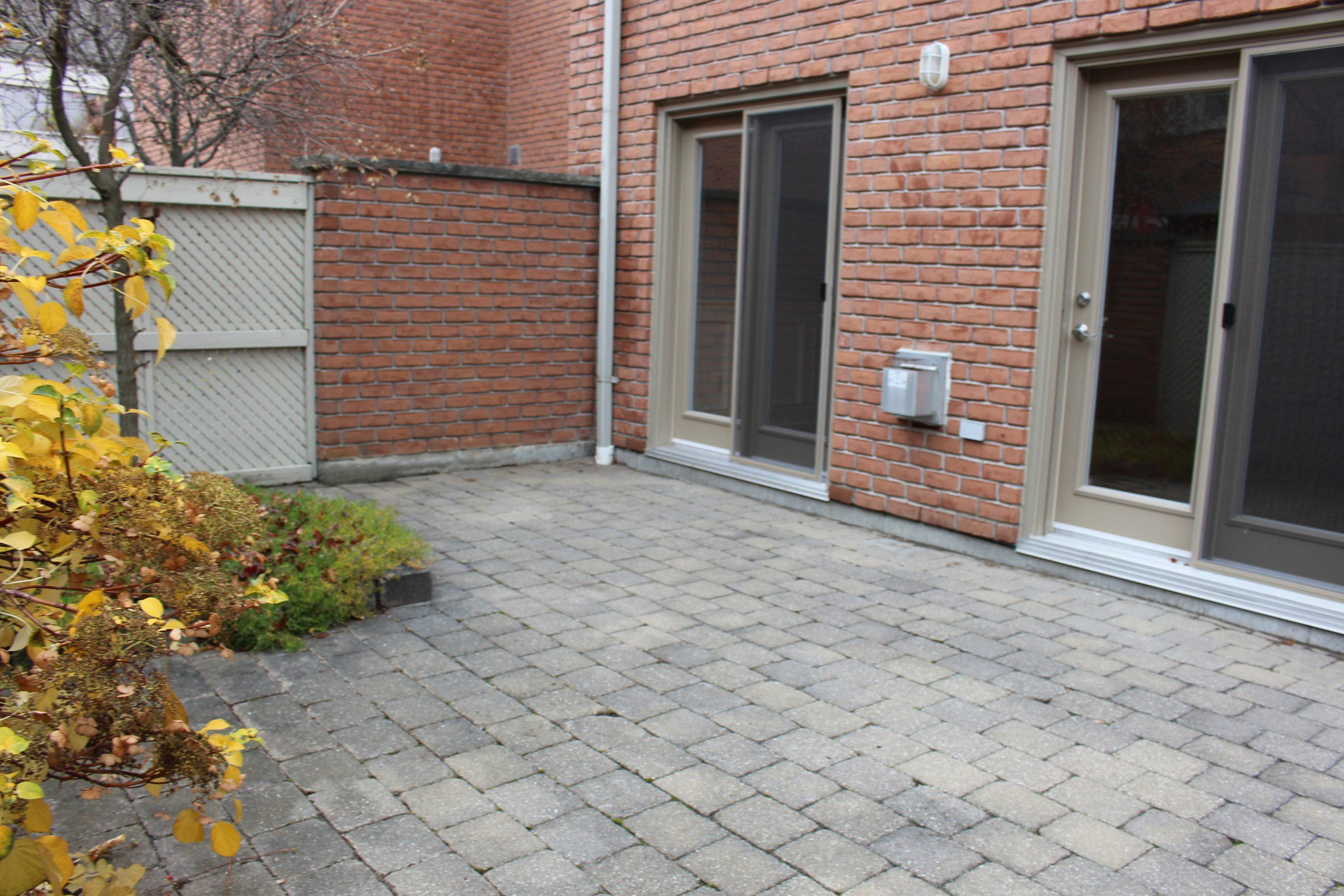 Photo 23: Photos: 102 Maria's Quay in Cobourg: Residential Attached for sale : MLS®# 230864