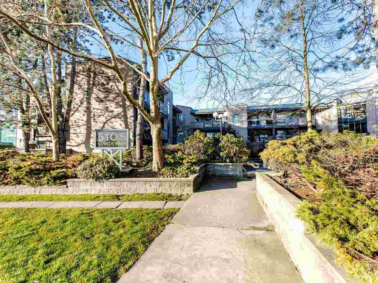 Main Photo: 201 6105 KINGSWAY in Burnaby: Highgate Condo for sale (Burnaby South)  : MLS®# R2438097